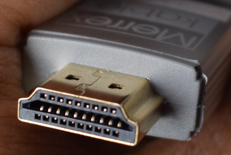 Merrexkable-HDMI-1-Decade-V2.1-connector